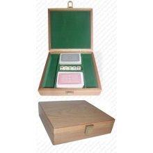 Trademark Oak Poker Chip Case - 100 Piece Capacity (Brown)