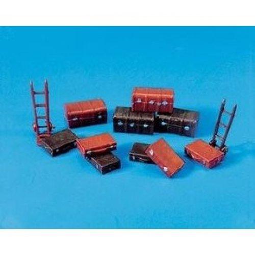 Trunks,Cases,Trolley - OO/HO Accessories - Model Scene 5062 - free post