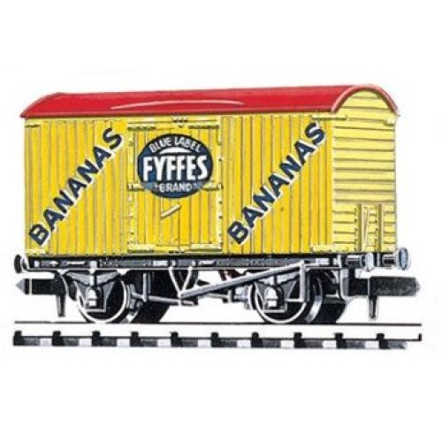 Box Van Refrigerator type Fyffes Yellow - N gauge wagon Peco NR-P140 free post
